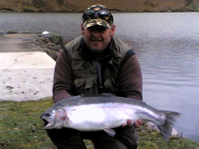 Derik Duckett with his 13lb 4oz from the breakwater